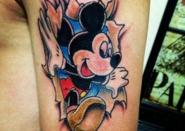 Apaixonantes Tatuagens de Mickey Mouse