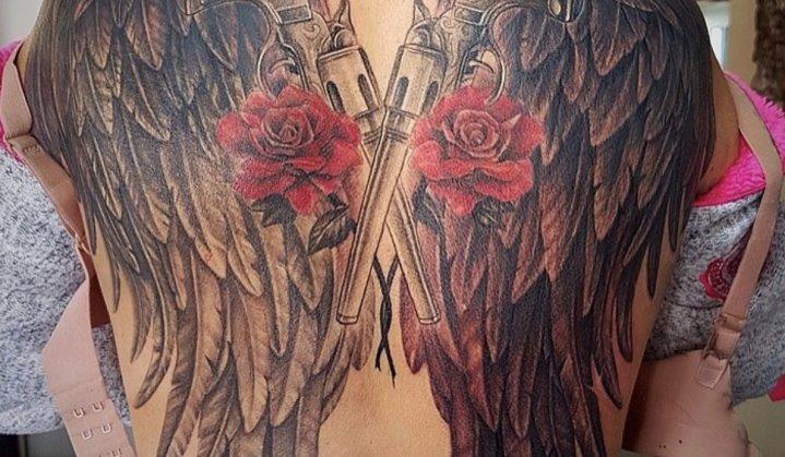 Tatuagem de asas