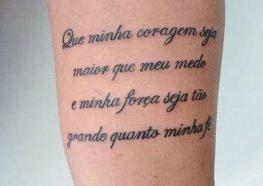 Tatuagens Escritas: Sugestões, Fotos, Dicas e Muita Tatuagem