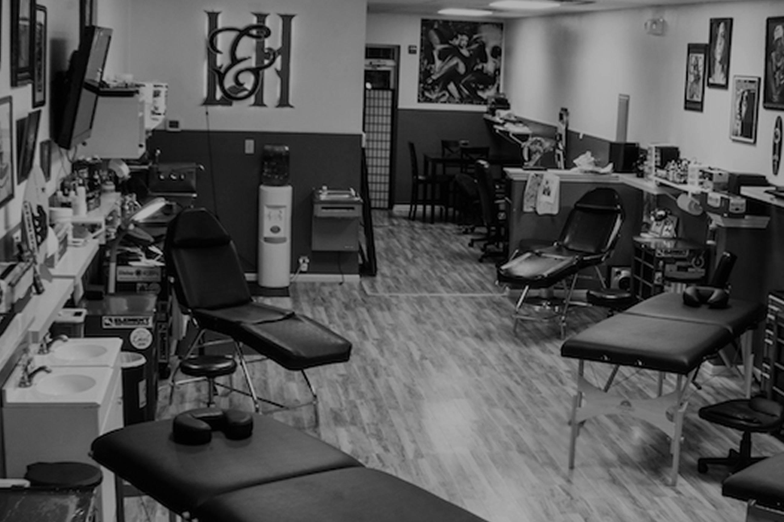 Estúdios de tatuagem